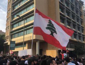 Liban : L'implosion économique est actée, l'oligarchie en place essaie de sauver ses privilèges sous les yeux d'une population lassée