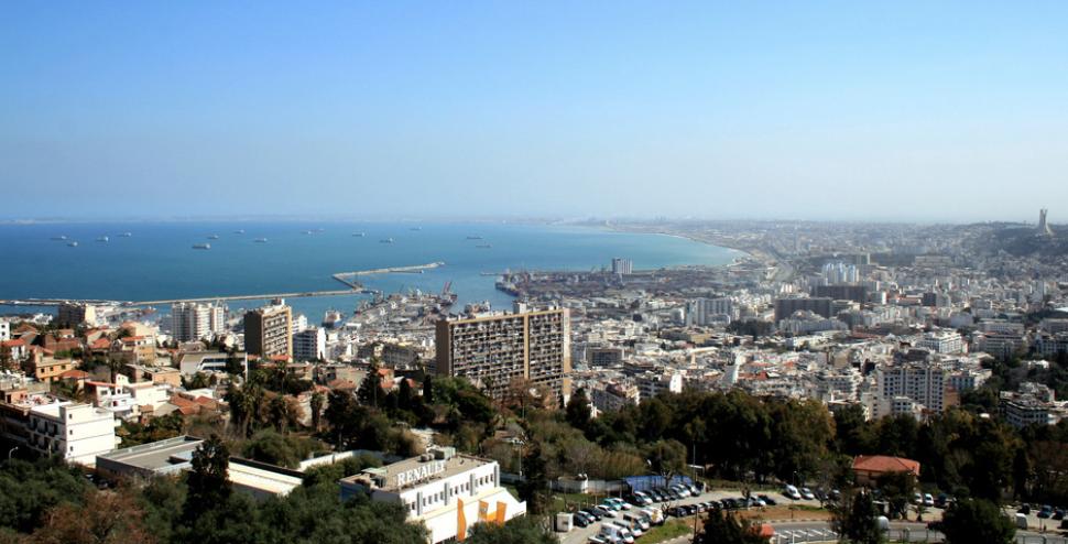 L'Algérie va réduire de 30% ses dépenses publiques pour 2020 à cause de la chute du pétrole