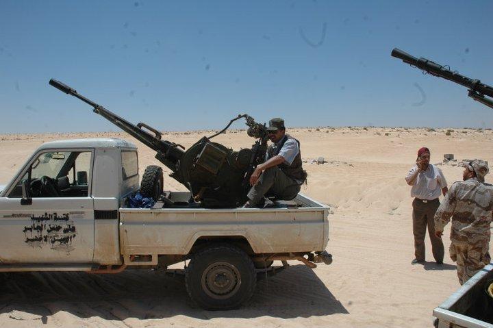 Armes françaises en Libye: la Tunisie s'inquiète