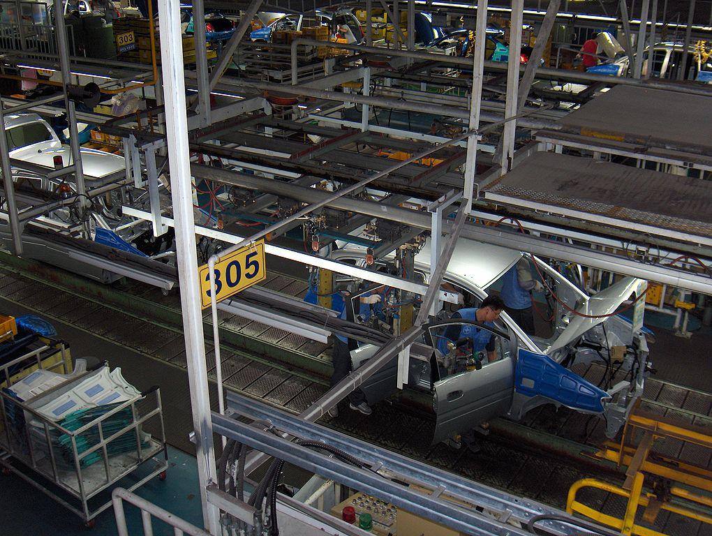 Le constructeur Peugeot pourrait relancer son projet d'usine en Algérie