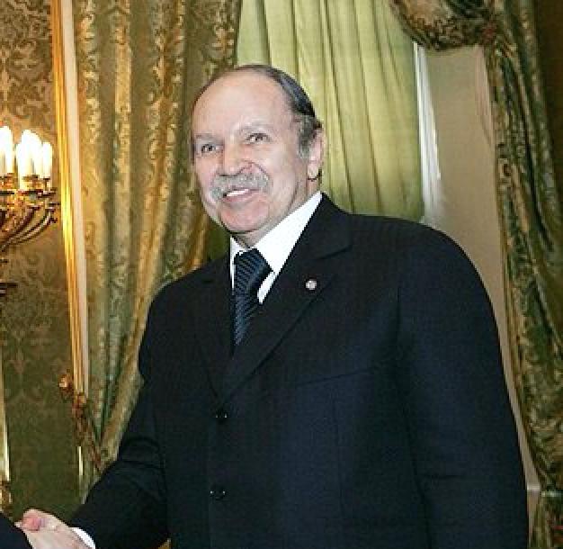 Rencontre entre le président Bouteflika et son ministre de l'Afrique