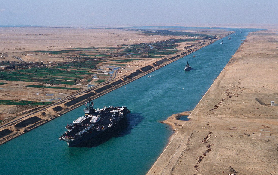 Egypt : Suez Canal Recorded Record Revenues in 2020-2021