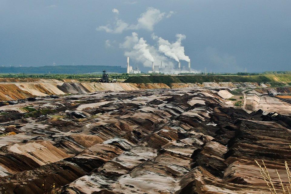 Egypte : Un collectif d'investisseurs s'associe pour construire une centrale à charbon