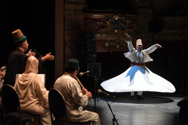 Culture : Arabesques, quand les arts du monde arabe font