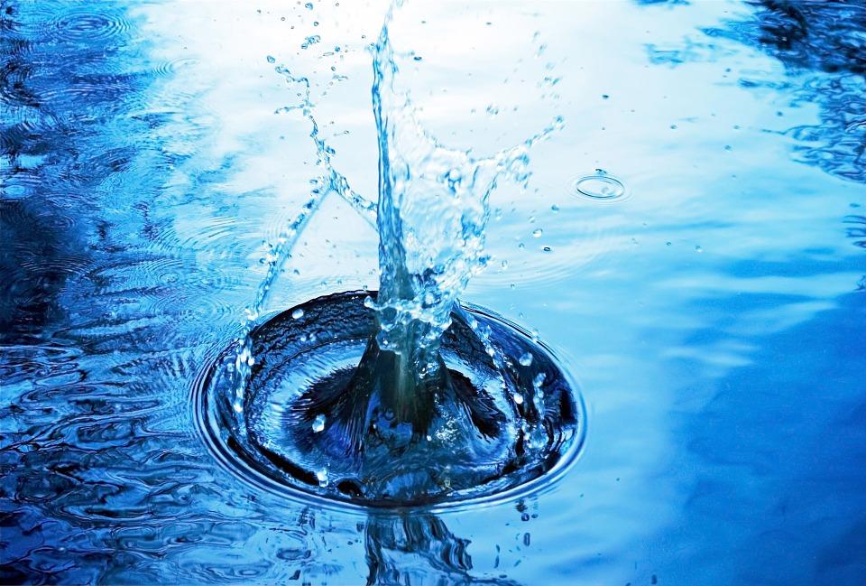 En Israël, la société Water-Gen produit de l'eau potable avec de l'air !