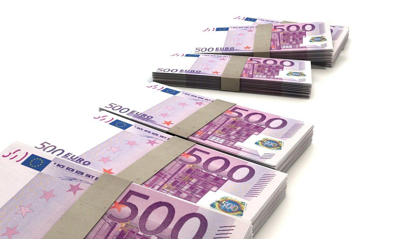 La Tunisie va emprunter 356 millions d'€ auprès de banques tunisiennes