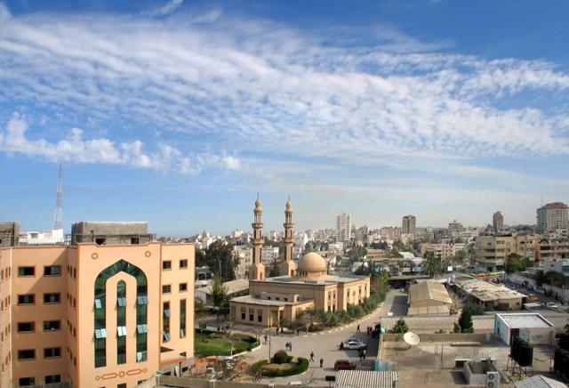 Palestine : Additional Qatari transfer of $15 million to the Gaza Strip 2