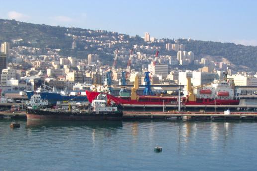 China will run the Haifa port in Israel 2