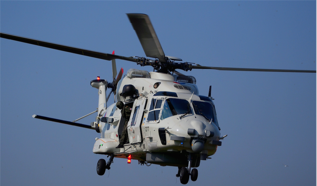 Partenariat italo-algérien pour produire des hélicoptères en Algérie