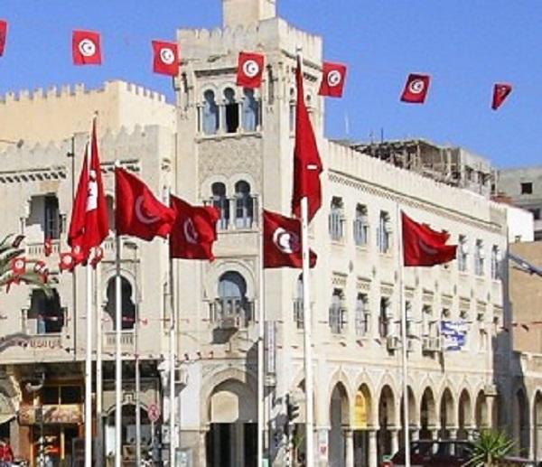 Le Premier ministre tunisien met fin à la controversée taxe frontalière