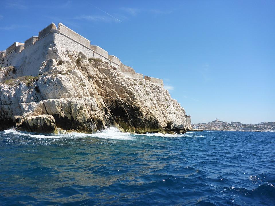 Les territoires méditerranéens face au défi du changement climatique: éclairages du dernier rapport de l'Institut de la Méditerranée avec FEMISE & ENERGIES 2050