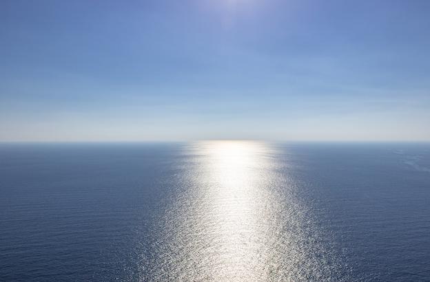 Sommet des deux rives : 10 pays pour relancer la coopération en Méditerranée