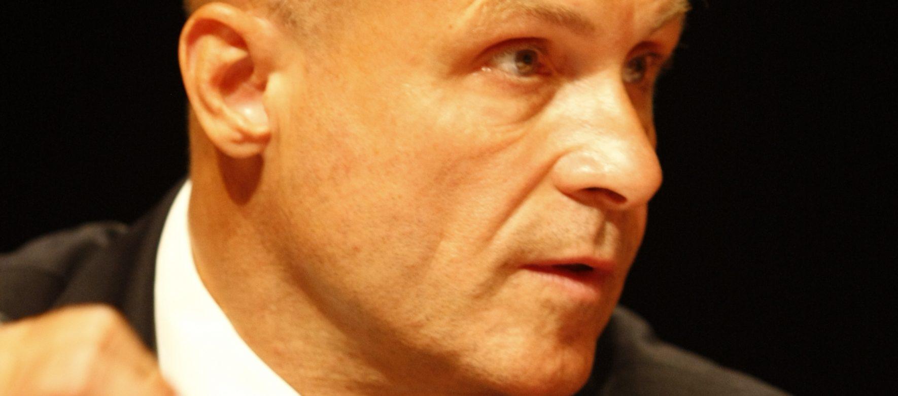 Retour sur les débuts d'Olivier Poivre d'Arvor, nouvel Ambassadeur de France à Tunis