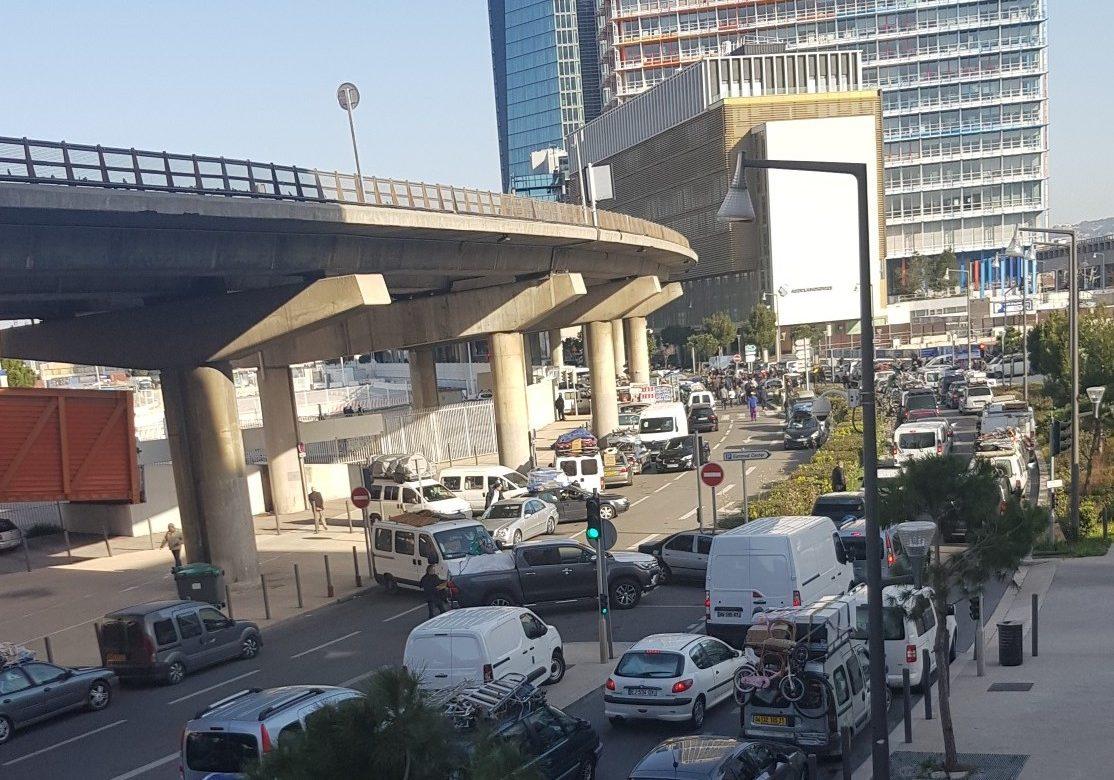 Algérie : Grosse pagaille sur le port de Marseille à cause du covid-19 avec les algériens qui veulent rentrer chez eux