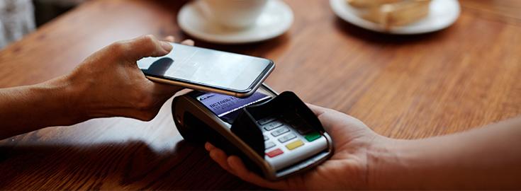 La Tunisie veut développer les services de paiement mobile pour réduire son économie informelle