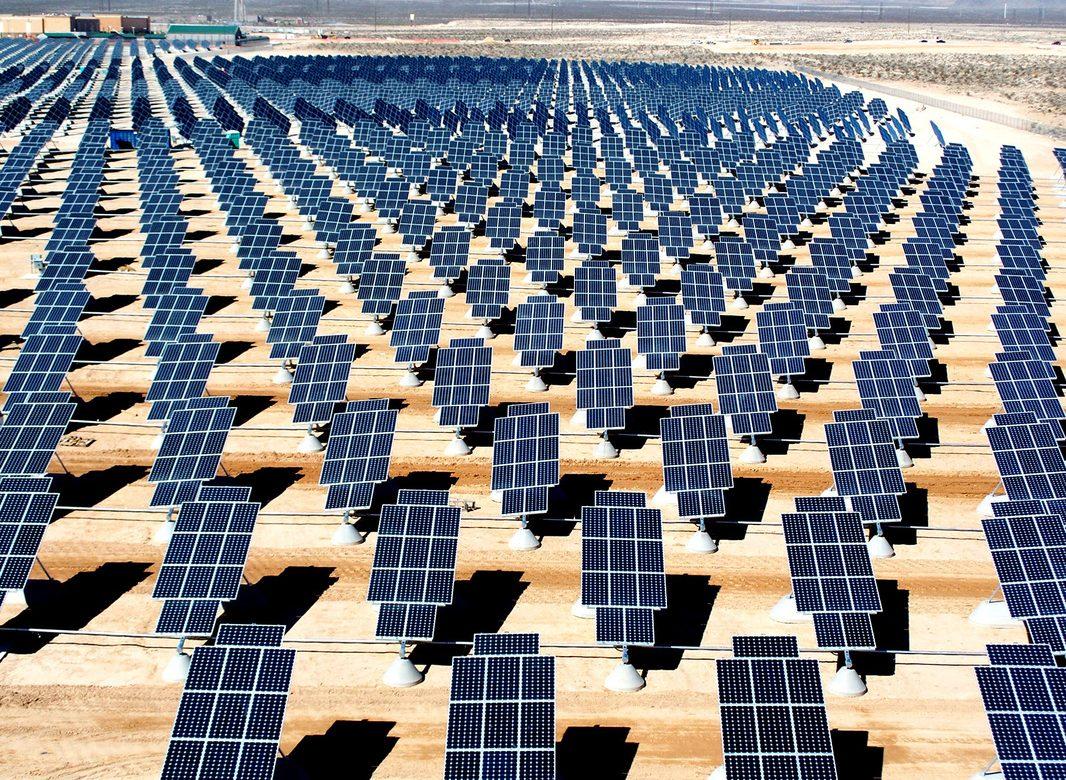 EDF lance une centrale solaire dans le désert du Néguev