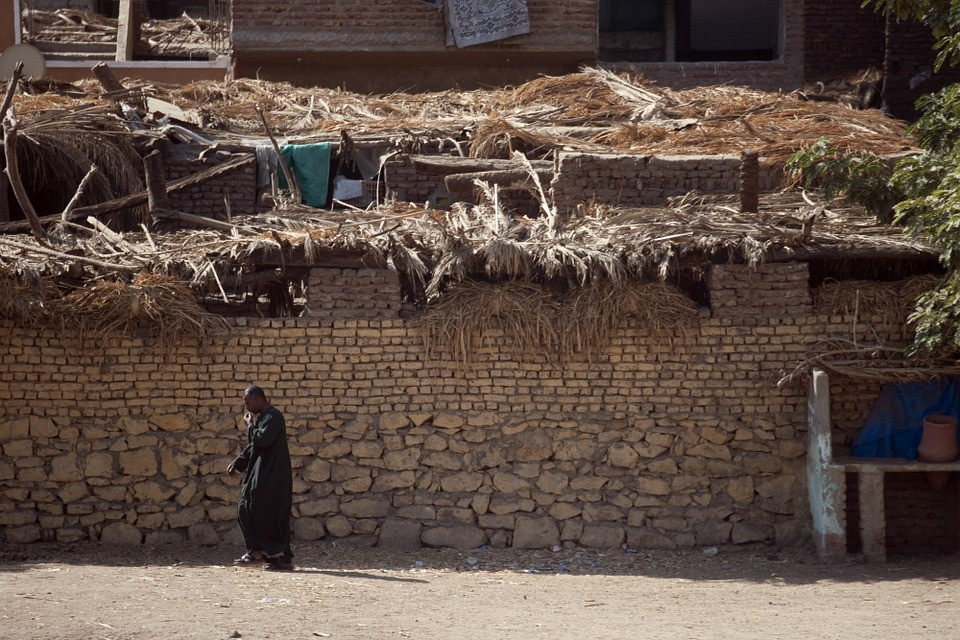 Egypt: almost a third of the population below the poverty line