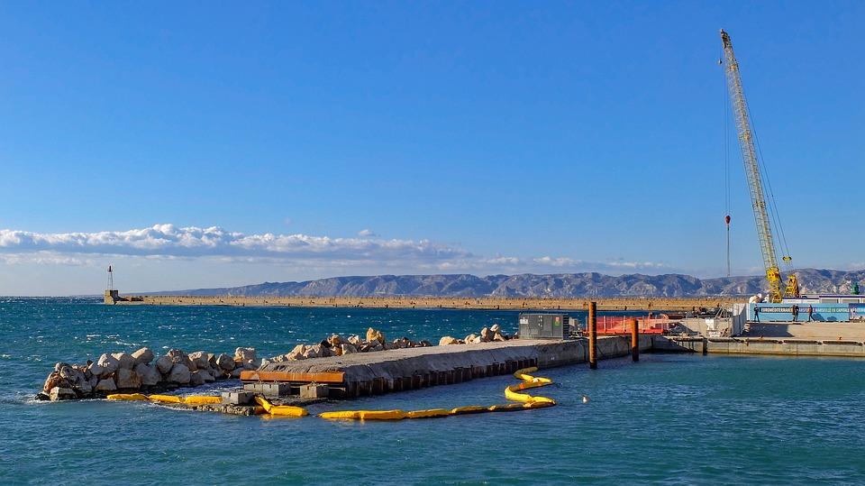 Le port de Marseille profite du désaccord entre le Maroc et l'Algérie