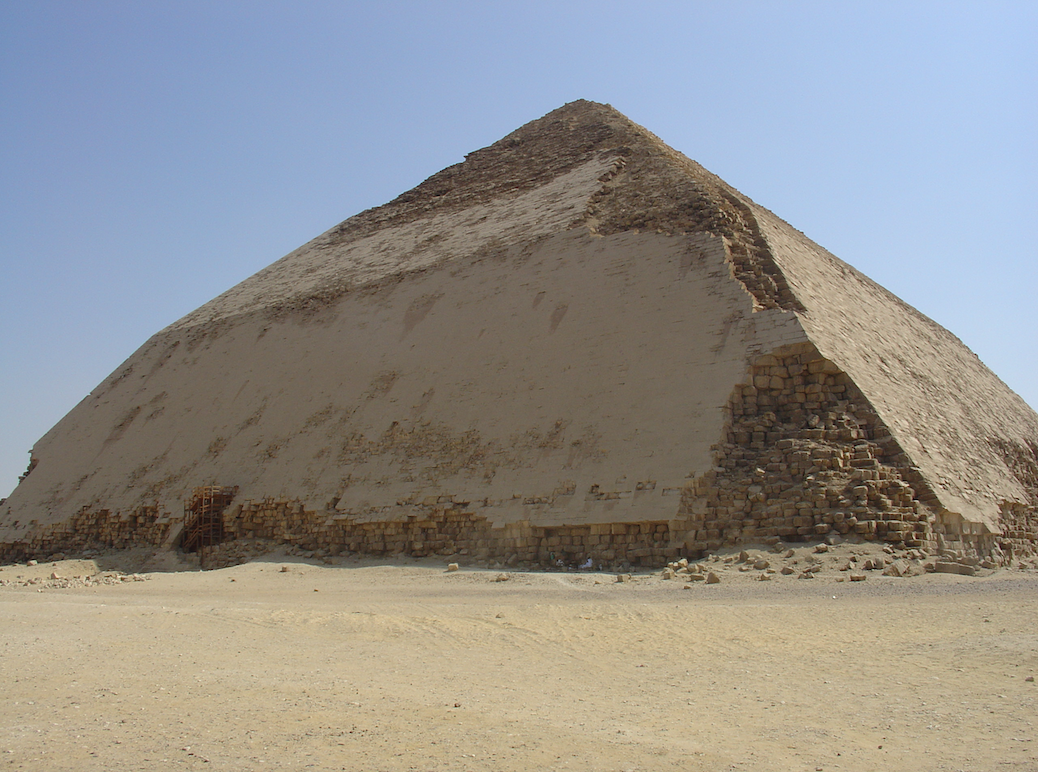 Egypt: Several mummies discovered and two pyramids reopen to the public on the site of Dahshur 2