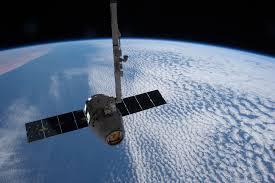 Une mission spatiale algérienne réussie avec le lancement de trois satellites