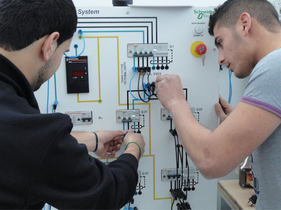 Schneider Electric soutient le système éducatif libanais