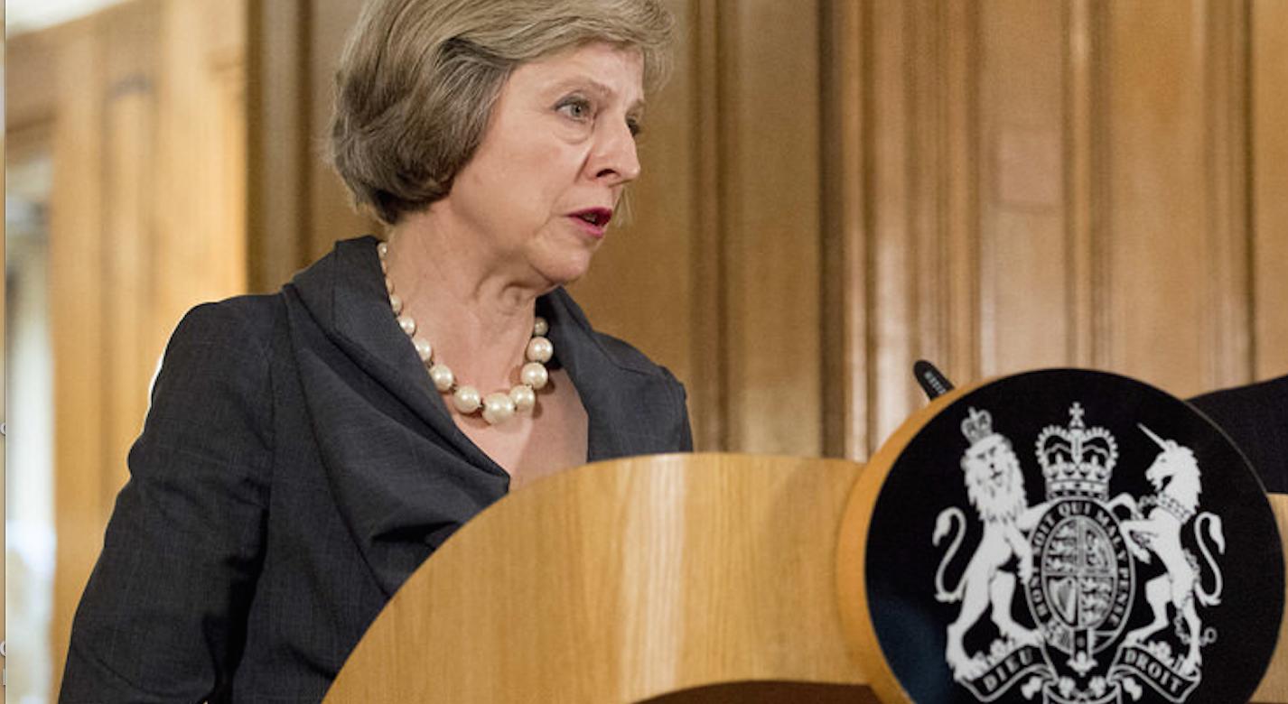 Theresa May se rend au Moyen-Orient pour parler sécurité et commerce