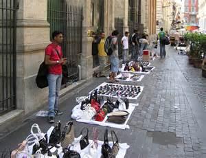 Quelle est la politique de la Tunisie pour endiguer le marché des contrefaçons ?