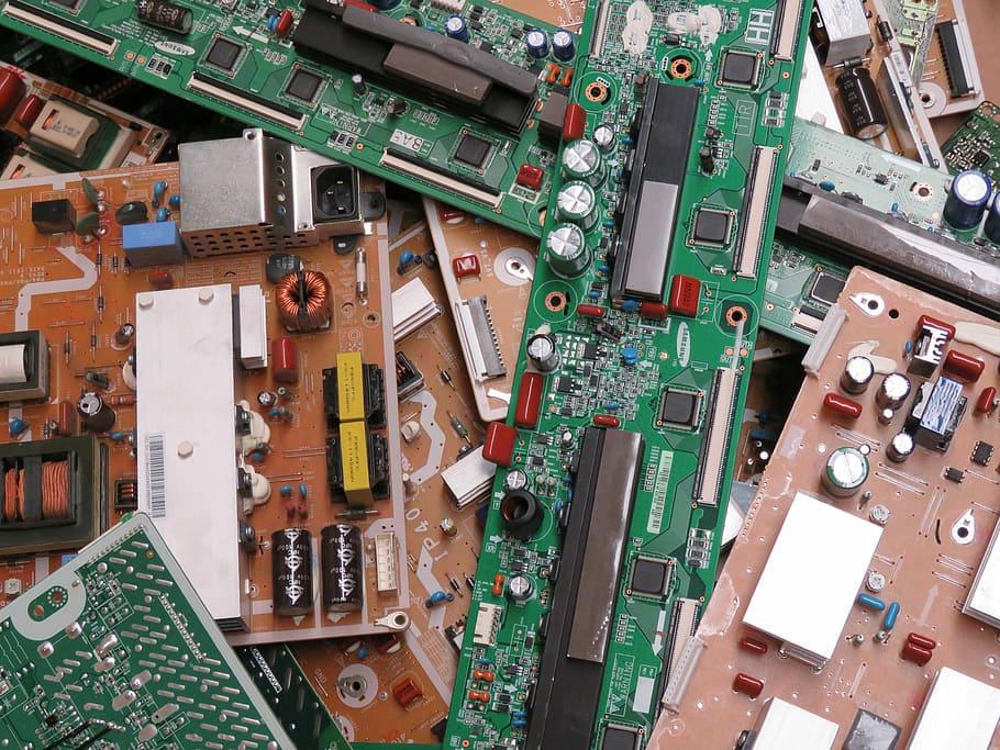 Algérie : Condor Electronics va mettre au chômage technique 40% de son effectif soit 1000 employés !