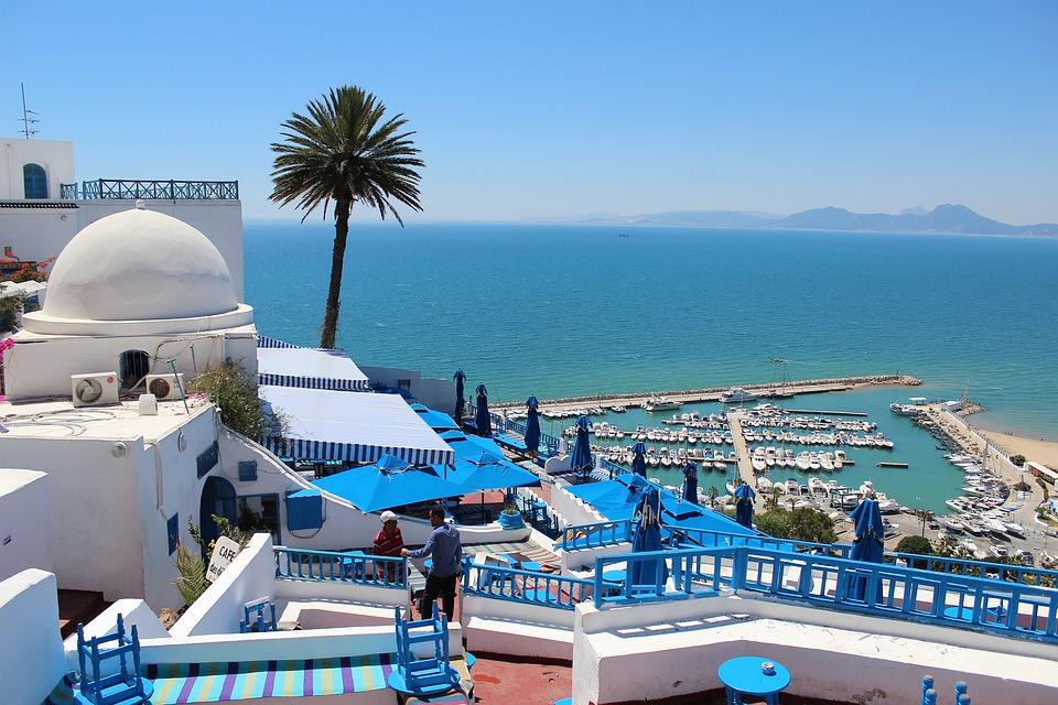 En Tunisie, le gouvernement Chahed fonde son espoir sur sa diaspora