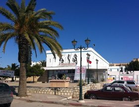 Tunisia : Economic revival may have started 2