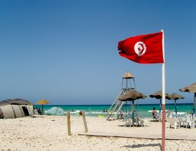 En Tunisie, la propreté des plages est une priorité.
