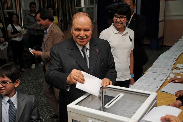 Les enjeux des élections législatives en Algérie