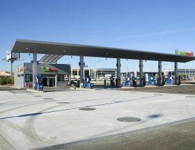 L'Egypte veut fortement augmenter ses stations-service distribuant du gaz naturel pour répondre au besoin des voitures roulant au gaz