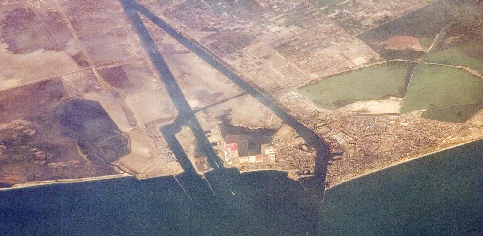 L'Égypte veut investir 1 milliard de dollars pour moderniser le canal de Suez