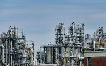 Algeria against all odds shows very good oil refining performance in 2020