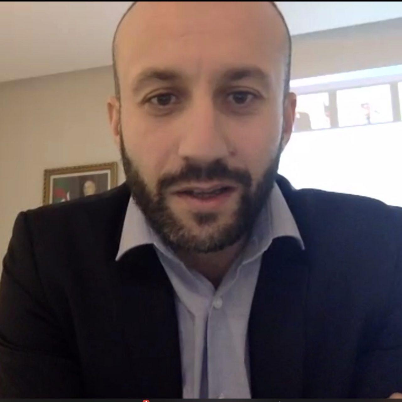 Yacine Oualid, ministre des start-up :  « Au lieu d'exporter du pétrole et du gaz, l'Algérie peut exporter des lignes de code » 1