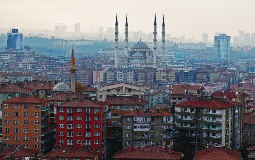 La Turquie fait des appels du pied envers l'Egypte notamment pour calmer le jeu avec les grands acteurs de la sous-région