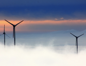 La Tunisie prévoit de doter ses entreprises et institutions publiques de 30 MW de capacité d'énergie renouvelable d'ici à 2025