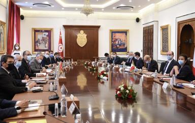 La Tunisie et la France ont signé plusieurs accords relatifs au renforcement des relations et de coopération entre les deux pays